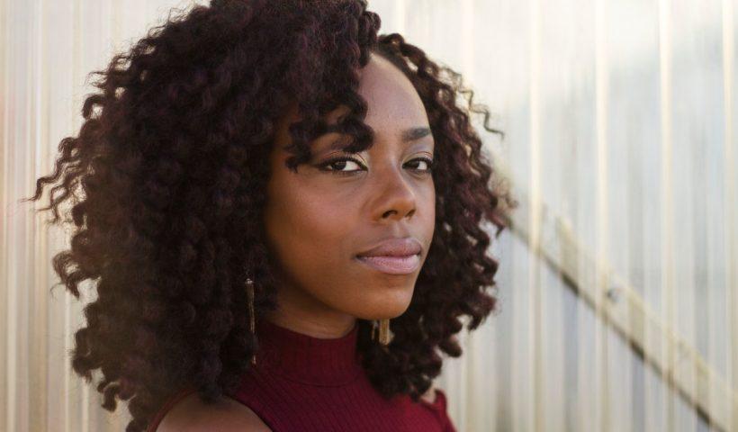person_woman portrait curly hair female